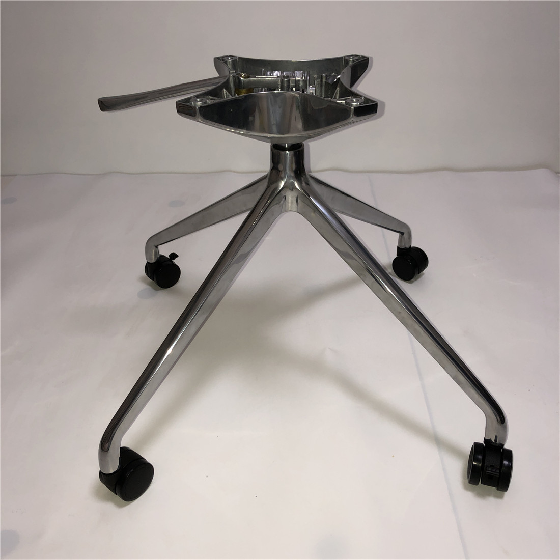 office metal base swivel chair parts manufacturer in China