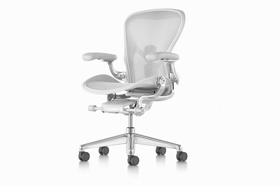 Herman Miller Aeron with aluminum alloy chair base