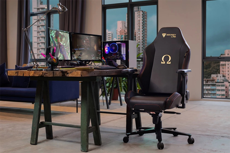Secretlab Omega 2020 Series with aluminum alloy chair base