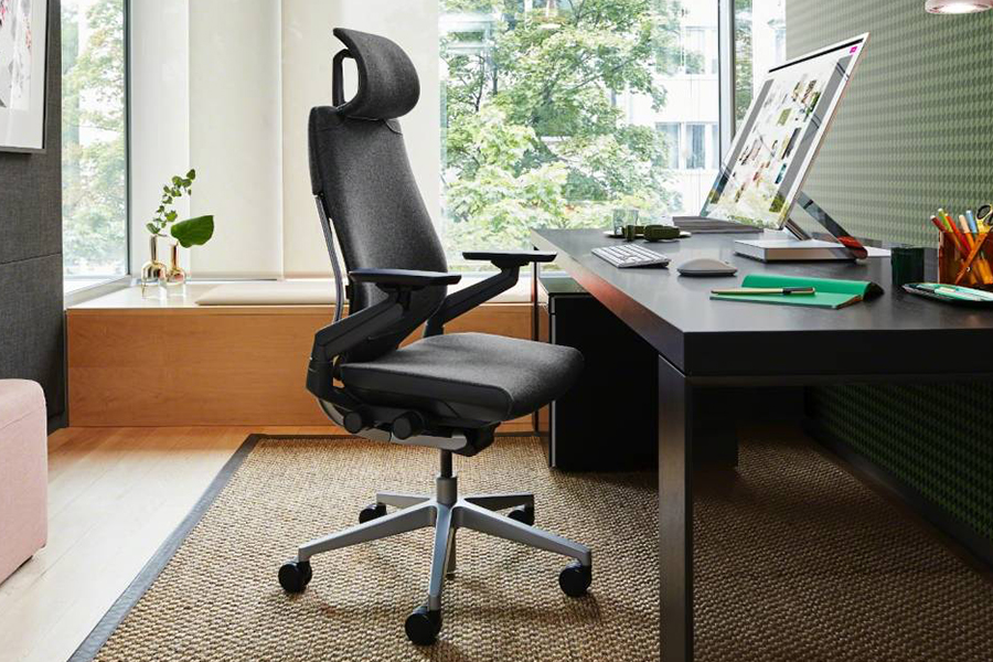 Steelcase Gesture with aluminum alloy chair base